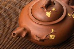 braune chinesische Teekanne Lizenzfreies Stockfoto