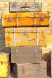 Braune Koffer der Weinlese Stockfoto