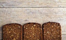 Braunes Brot des vollständigen Kornes Lizenzfreie Stockfotografie
