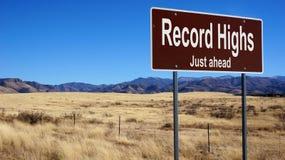 Braunes Verkehrsschild der Rekordhochs stockbild