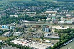 Braunschweig, Niedersachsen, Deutschland, am 24. Mai 2018: Vogelperspektiveindustrie Hafen Aquila Stockfotos