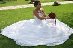 Braut auf ihrem Hochzeitstag Stockbilder