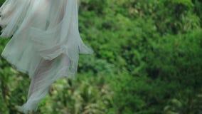 Braut auf Schwingen stock video footage