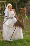 Braut im Freien Stockfotos
