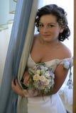 Braut mit einem Blumenstrauß Stockfotos