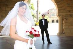 Braut und Bräutigam an der Hochzeit lizenzfreie stockfotos