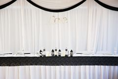 Braut und Bräutigam Wedding Table Set oben stockfotografie