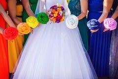 Braut- und Brautjungfernblumensträuße stockfotografie