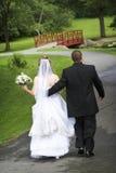 Braut und Bräutigam - Hochzeitspaar in den Liebesserien Stockbilder