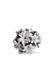 Brautblumenstrauß auf lokalisiertem Hintergrund mit Reflexion Lizenzfreie Stockfotografie