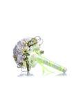 Brautblumenstrauß auf lokalisiertem Hintergrund mit Reflexion Stockfoto