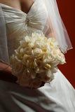 Brautblumenstrauß der Elfenbein-Rosen Lizenzfreie Stockfotos