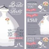 Brautduscheinladung Hochzeitskleid, Blumenstrauß Stockbilder