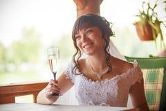 Brautgläser von Champagner Restaurant stockfotografie