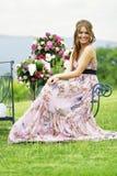 Brautjunfer- und Blumenblumensträuße in der Natur Lizenzfreies Stockbild