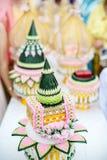 Brautpreis stellte in deluxe Platte in der thailändischen Hochzeitszeremonie ein Traditionelle Hochzeits-Zeremonie Lizenzfreie Stockfotografie