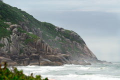Brava plaża w Florianopolis, Santa Catarina, Brazylia Zdjęcie Royalty Free