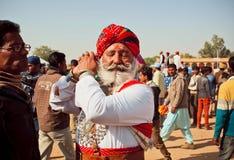 Bravez l'homme supérieur avec la barbe blanche et la moustache Photo libre de droits