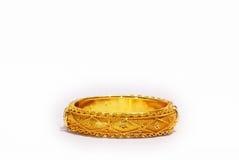 Brazalete del oro Imagen de archivo libre de regalías