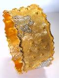 Brazalete del oro foto de archivo libre de regalías