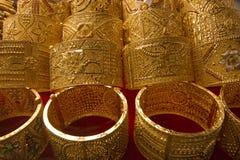 Brazaletes del souq del oro de Dubai Fotografía de archivo