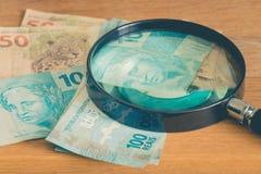 Braziliaans geld, reais, het hoge nominale/concept van de huisbegroting Royalty-vrije Stock Afbeeldingen