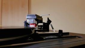Brazo de tono de la placa giratoria del vintage del vinilo que juega el primer 05 almacen de video