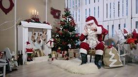Brazo oscilante de Santa Talking His Digital Phone, sitio almacen de video