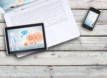 Bärbar dator, minnestavlaPC och smartphone Arkivbild