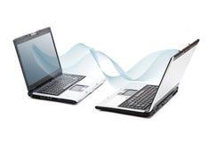 bärbar dator öppnade två Royaltyfri Foto