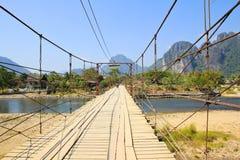 Brücke über Lied-Fluss Stockfotografie
