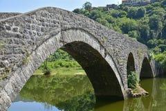 Brücke Rijekas Crnojevica Stockfotos