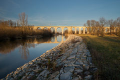 Brücke und Viadukt Stockfotos