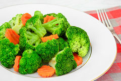 Bróculi y zanahorias Nutrición de la aptitud de la dieta Imágenes de archivo libres de regalías