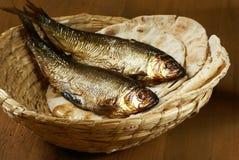 Bröd och fisk Royaltyfri Fotografi
