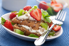 Bread with cottage cheese and berries Royalty Free Stock Images