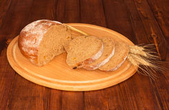Bread and ears of wheat Royalty Free Stock Photography
