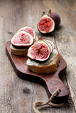 Bread with figs, ricotta Royalty Free Stock Images