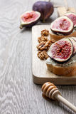 Bread with figs, ricotta Royalty Free Stock Photo