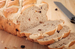 Bread Loaf Sliced On Chopping Board Royalty Free Stock Images