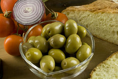 Bread, olives and tomatoes Royalty Free Stock Photos