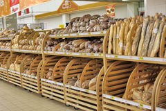 Bread for sale on a store shelves. Royalty Free Stock Photos