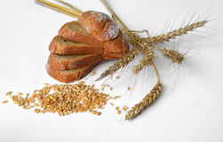 Bread wheat. Grain, table, organic Royalty Free Stock Photos