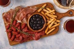 Breadsticks ветчины оливок сосиски Стоковое Фото