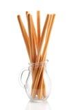 Breadsticks en un jarro de cristal Imagenes de archivo