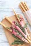Breadsticks zawijający w baleronie zdjęcie stock