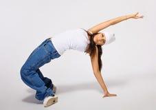 breakdance行为似男孩的姑娘年轻人 图库摄影