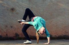 Breakdance flicka Fotografering för Bildbyråer