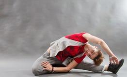 Breakdancer flessibile fotografia stock