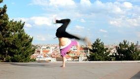 Breakdancer het dansen breakdance in Praag Stock Afbeeldingen